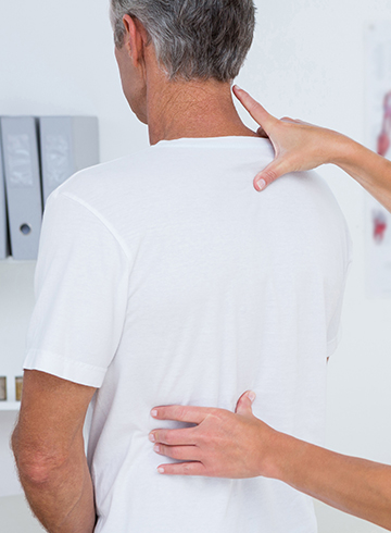 Chiropractor treats chronic pain in south florida