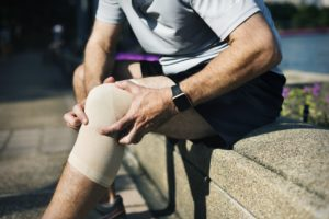 Knee Pain treatment options in south florida
